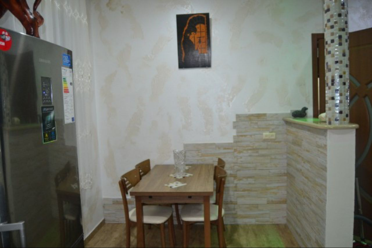 Кухонный уголок на втором этаже